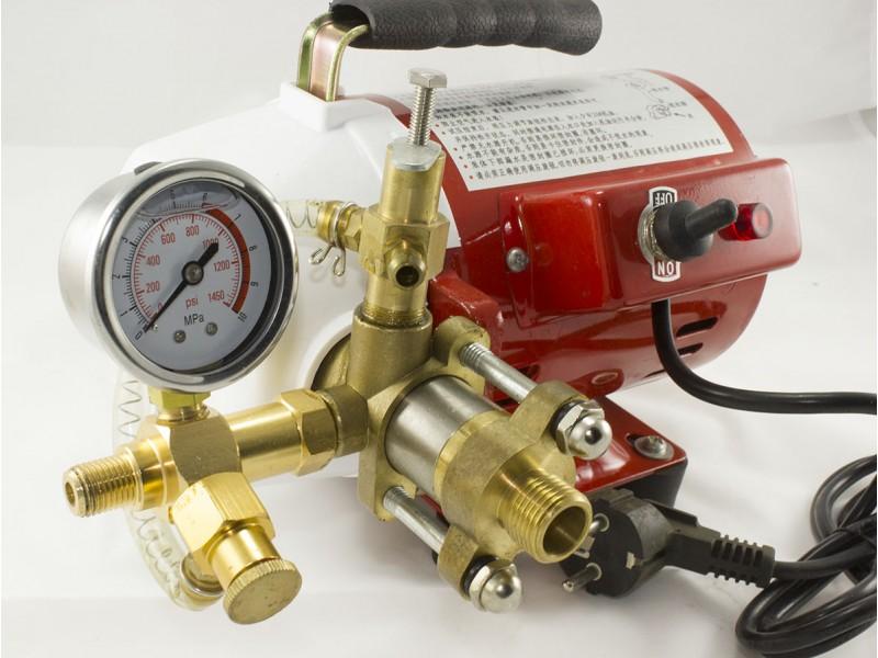 помпа бутална за тест на водопроводни системи